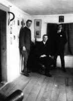 Georg Britting in der Regenburger Redaktion der Sichel